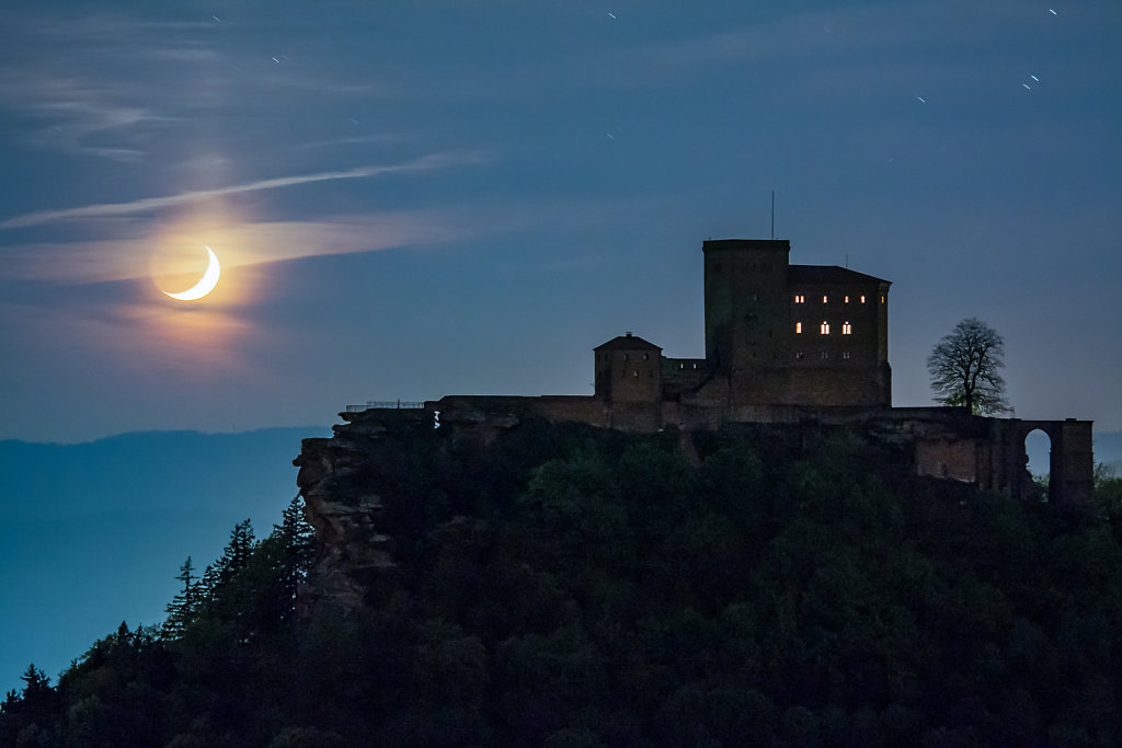 Moonset behind Castle Trifels